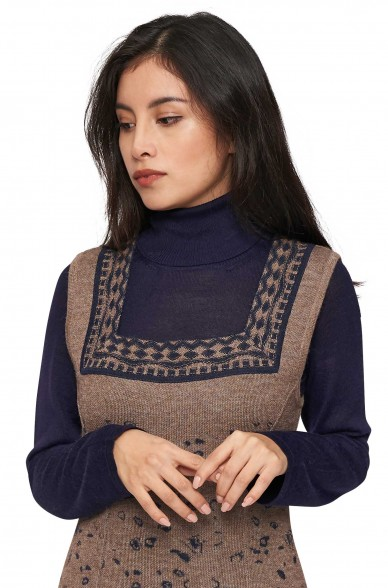 Alpaka Rollkragen Pullover MADAI aus 70% Baby Alpaka und 30% Seide