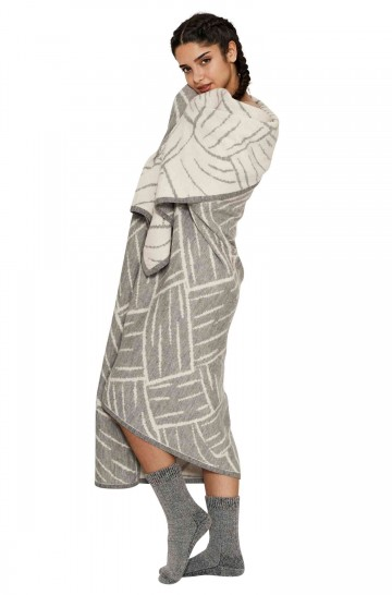 17108 Baby Alpaka Jaquard Decke 200*147cm